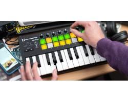 NOVATION LAUNCHKEY MINI MK2 MIDI клавиатура