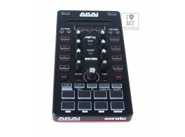 AKAI AFX  DJ контроллер