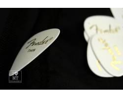 FENDER 351 PICKS WHITE THIN  Набор медиаторов