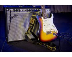 FENDER 2 MONOGRAMMED BLACK/YELLOW/BROWN STRAP Ремень гитарный