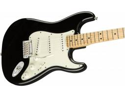 FENDER PLAYER STRATOCASTER MN BLK Электрогитара
