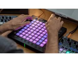 NOVATION LAUNCHPAD PRO MIDI контроллер