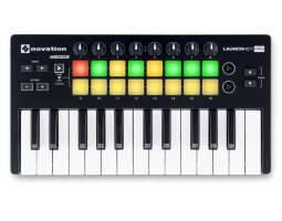 NOVATION LAUNCHKEY MINI MK2 MIDI клавіатура